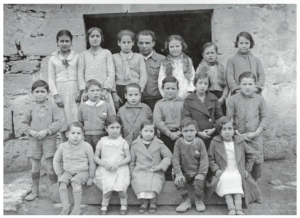 Antoni-Benaiges-con-sus-alumnos